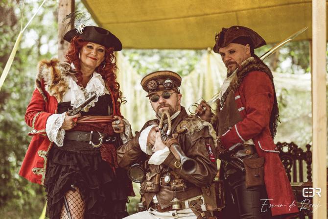 Steampunk – pirate family